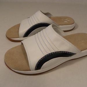 Rockport Men's size 6.5 M Slide Sandals White